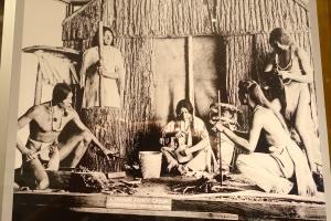ROM Mohawk Family Group_1