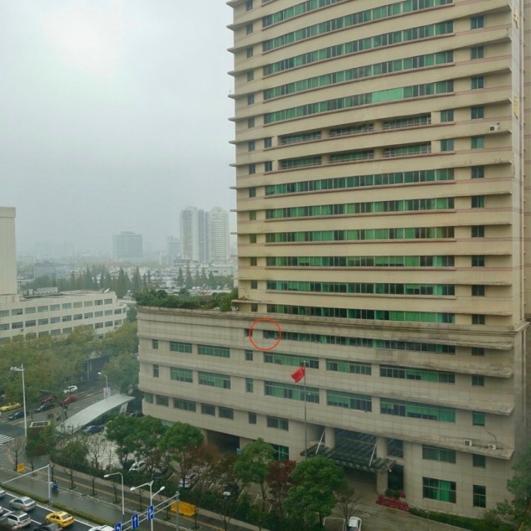 man-on-the-5th-floor-1